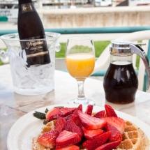 Breakwater-Restaurant-breakfast2