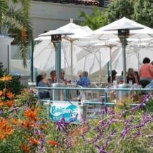 breakwater-restaurant-outdoor-dining-patio